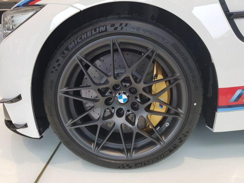 BMW-M4-Latitude-Automobiles-18